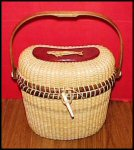 Nantucket Basket Kidney Purse